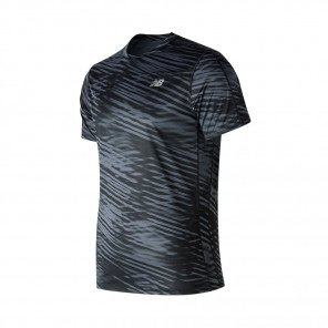 NEW BALANCE Tee-Shirt manches courtes PRINTED ACCELERATE Homme | Black and White | Collection Printemps-Été SS2019